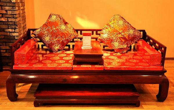 红木椅靠垫编织图片